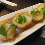 ビトレス - フォワグラクリームの芋コロッケ トリュフ塩で
