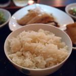 シンガポール料理 梁亜楼 - 鶏飯