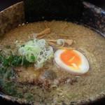 麺や 小五郎 - 背脂醤油らーめん 680円