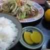 百番 - 料理写真:肉野菜炒め定食