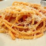 オステリア コマチーナ - トマトソースのパスタ これ、よかったね