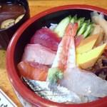 田中寿司 - ちらし寿司♪
