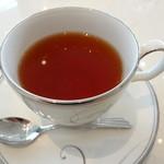 リストランテ ウミリア - 白桃の紅茶