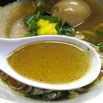 神明 - 煮干しが主張された和風スープ