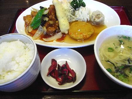 中華厨房 まきの
