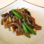 メゾン・ド・ユーロン - 細切り牛肉の香辣(ピリ辛)炒め