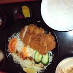 七福の湯 - とんかつ定食