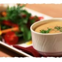 美味しい食事を日常的に楽しんでいただきたい。そのために、仕入れ努力は欠かせません!