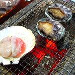 民宿 菊水 - 料理写真:帆立と鮑