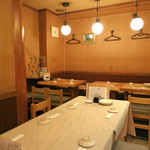 肴や味泉 - 30分後には満席で賑ってます (2012/11)