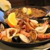 しぇりークラブ - 料理写真:魚介のパエリア