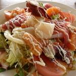 海鮮市場 長崎港 - 海鮮サラダ