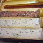 やさい家めい バサン - 大豆が煮たって来たらお豆腐や鶏肉の団子を入れて煮込みます。