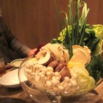 やさい家めい バサン - 団子が入ったら山盛りの野菜のシャブシャブ、野菜たっぷりでお腹一杯。