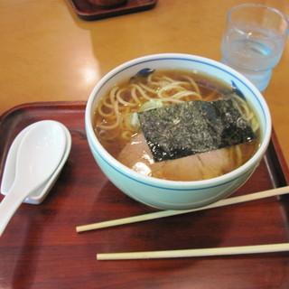 好日 - 料理写真:ラーメン(少なめ盛:650円)