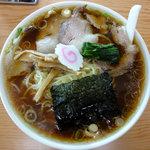 青島食堂 - 青島ラーメン大盛り+麺100円増し