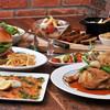 Brooklyn Parlor - 料理写真:多国籍な料理をお楽しみください。