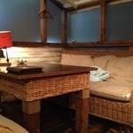 貝殻荘 - ソファー席