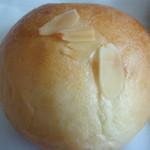 ひょうたんカフェ - クリームパン