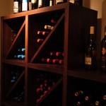 リストランテルーチェ - イタリア産のワインだらけw