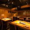 おでん 鈴 - 内観写真:2名様から最大18名様まで対応可能なテーブル席。