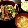 焼鳥 あつつや - 料理写真:レバー丼750円