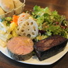 Aba - 料理写真:ランチの白レバーのパテ(950円)とホロホロ鶏レバーのブーダンノワール(950円)が1皿に盛られて