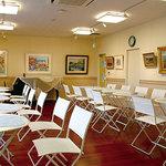 カフェ じゅーんべりー - おしゃれで落ち着いた雰囲気のcafeです。ゆっくりと絵画をお楽しみください。
