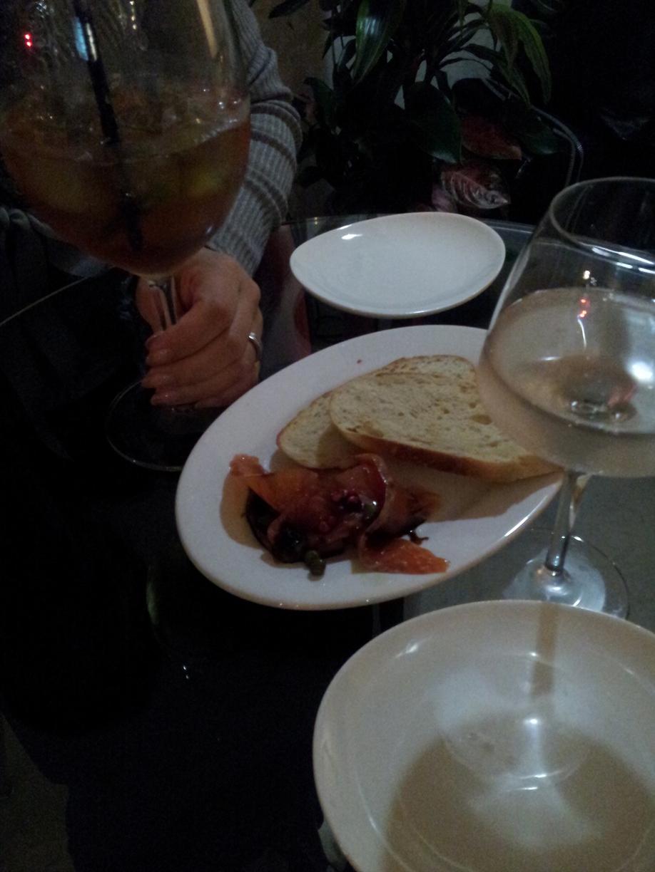wine bar ロバ