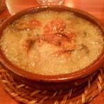 ラグー - 牡蠣のにんにくオイル煮 ぐつぐつ状態