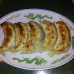 清龍苑 - 焼き餃子