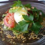 QUATRE SAISONS - 白菜と京地玉のサラダ ミモレット風味