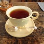 カフェ ドゥース - +200円で紅茶か珈琲をつけれます