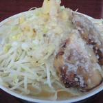がっつり食堂ドカメン - 小豚らぁめん(680円)