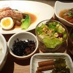 atari CAFE&DINING - 週替わり定食(2012/11/22撮影)