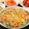 ハンヤン - 料理写真:ハンヤン海鮮チヂミ具が多く歯応え最高!お持ち帰りが可能な一品。