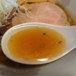 ぐれん - 多分鶏がら醤油らーめんのスープアップ