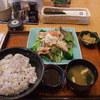 大戸屋 - 料理写真:鶏の竜田揚げとたっぷり野菜のねぎソース定食