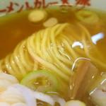 太源 - 麺のアップ