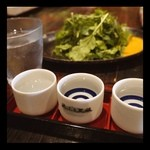KURA - ドリンク写真:日本酒利き酒とたっぷりの野菜料理。
