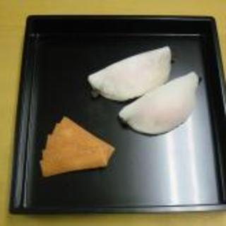 茶の湯菓子処 源太 - 料理写真:花びら餅