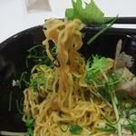 カロヴァーレ - 麺UP