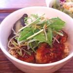 ARK HiLLS CAFE - ランチ 日替わりランチ 豆腐ハンバーグ丼