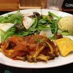 シェアーズ キッチン - 特別ランチ『トマト煮込みハンバーグ』