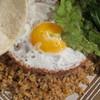 Makan - 料理写真:「ナシゴレン」エビせんべいとチャーハンをMIXするのがおすすめ