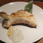 産地直送 お魚とお野菜 海畑 - ぶりのかま焼き(880円)