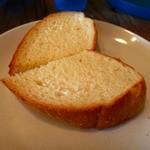 イタリアンカジュアルダイニング プランポーネ - 軟らかいパン