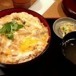 ほっと屋 - 親子丼(大盛)850円