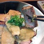 16193534 - 牛はらみステーキ丼セット¥1000(H24.12.4撮影)