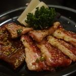 太田精肉店 - 満喫皿盛り